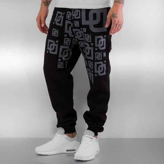 Sweat Pants in black