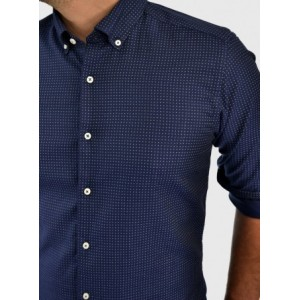 Men's patterned button down