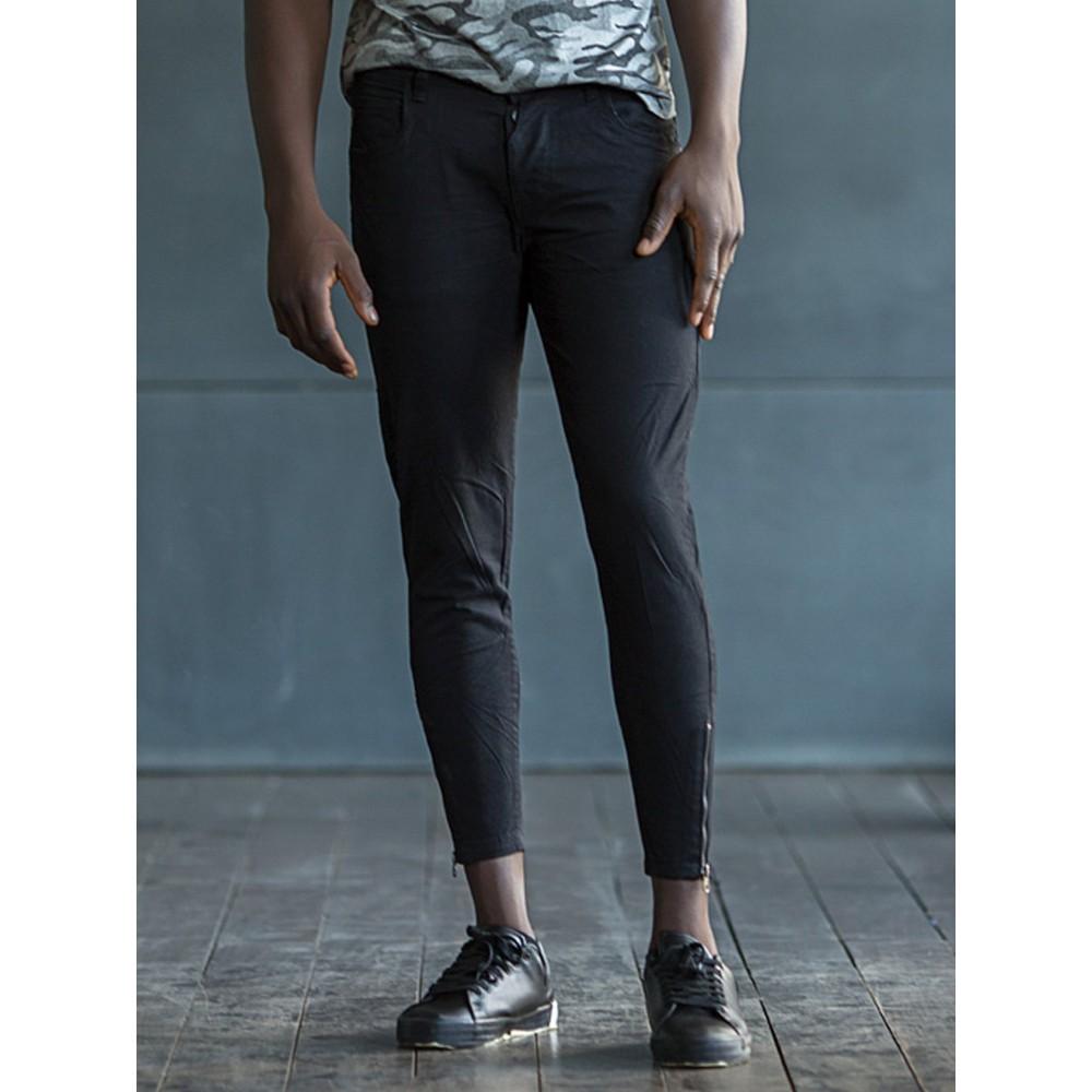 Ανδρικό μαύρο παντελόνι με φερμουάρ στον ποδόγυρο