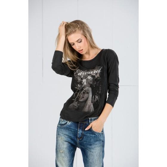 Μακρυμανικη μπλουζα